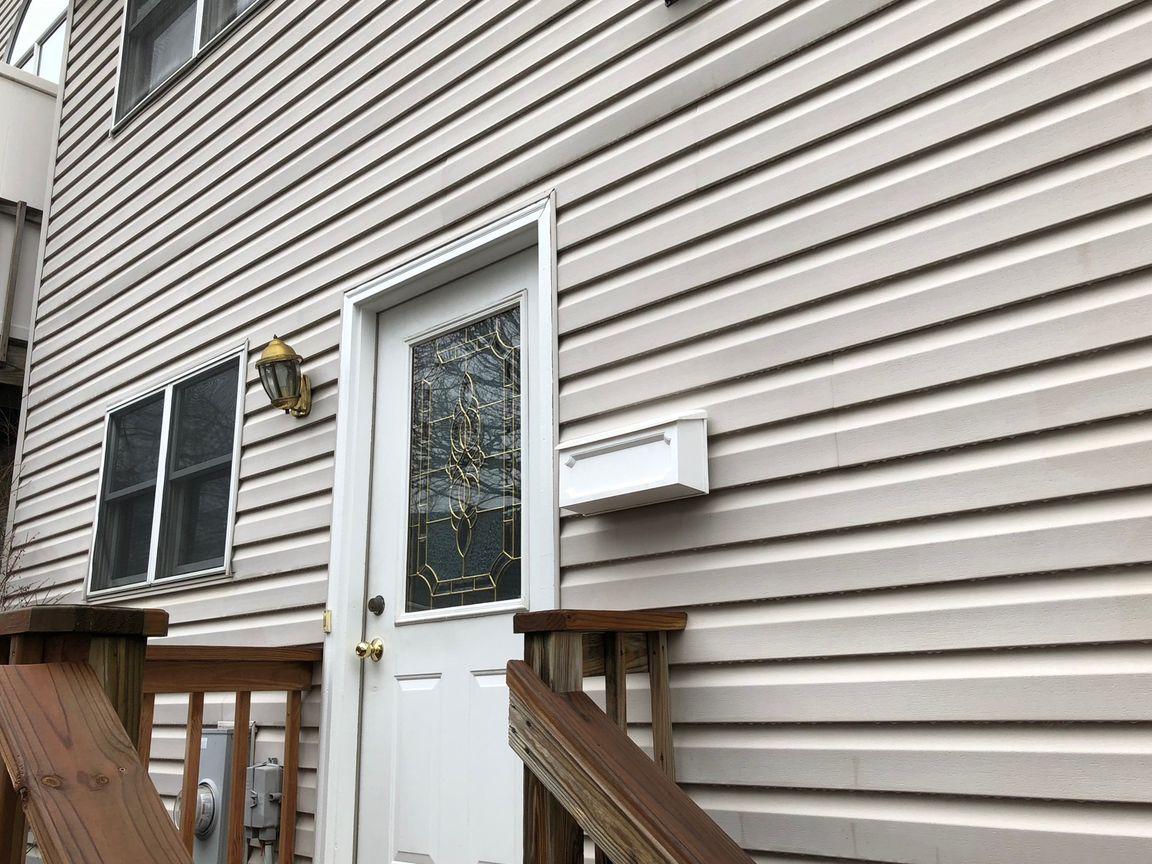 116 RICHARDS STREET #B Geneva IL 60134 id-35740 homes for sale